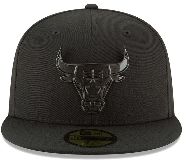 jordan-11-cap-and-gown-bulls-new-era-hat-3