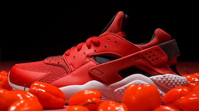 "91e0e3f2631f7 Nike Air Huarache ""Habanero Red"""