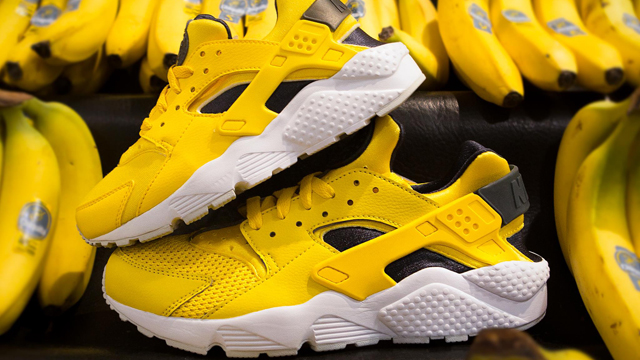Nike Air Huarache Tour Yellow