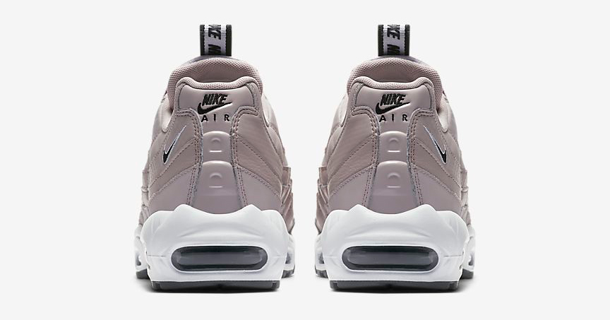 nike-air-max-95-particle-pink-4