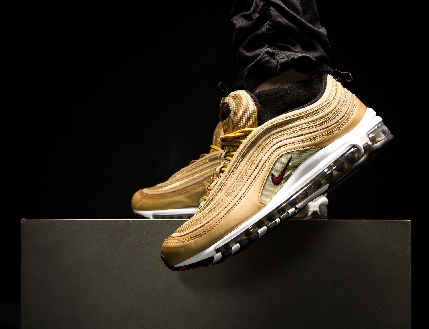 nike-air-max-97-metallic-gold-sneakers