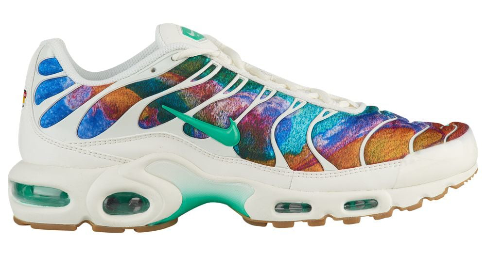 nike-air-max-plus-alternate-galaxy
