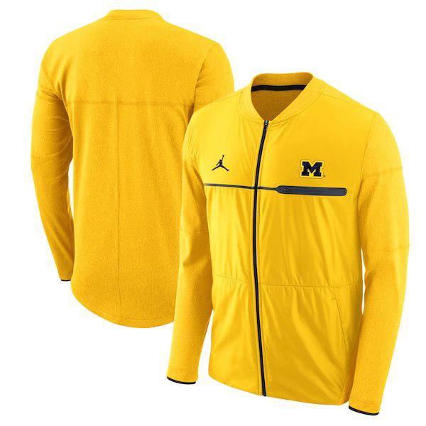 air-jordan-12-michigan-jacket-4