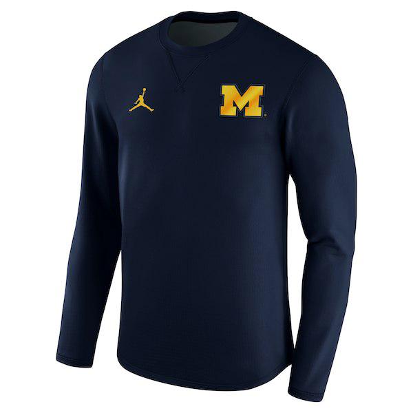 jordan-12-michigan-sweatshirt-3