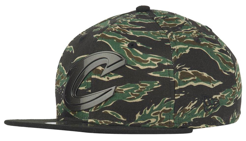 nike-air-max-97-tiger-camo-hat-match-3