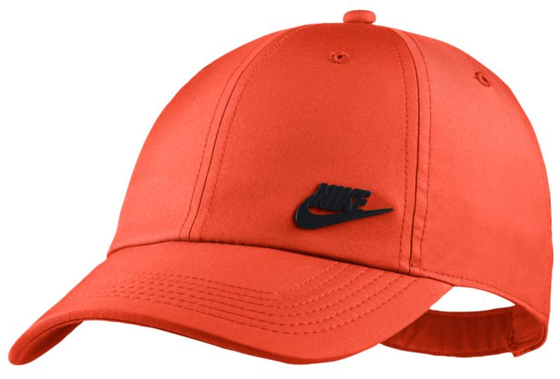 nike-air-max-plus-mercurial-hat-match-1