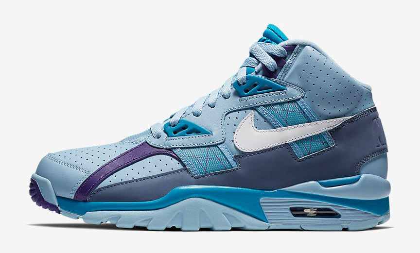 nike-air-trainer-sc-high-leche-blue-neo-turquoise-release-date