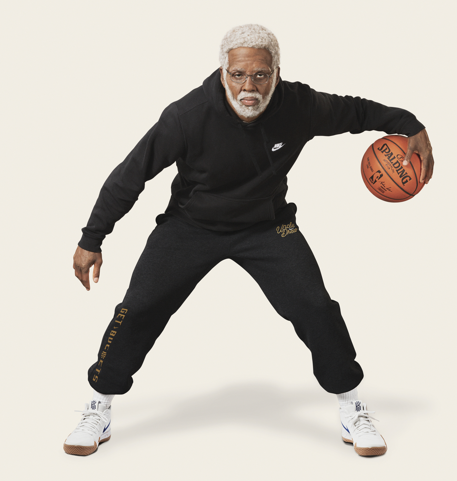 nike-kyrie-4-uncle-drew-clothing-match