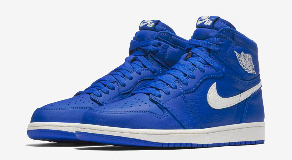air-jordan-1-hyper-royal-clothing-match-1