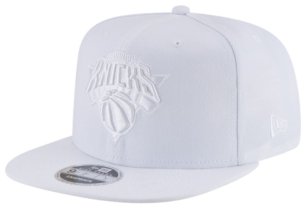 air-jordan-3-pure-triple-white-snapback-hat-knicks