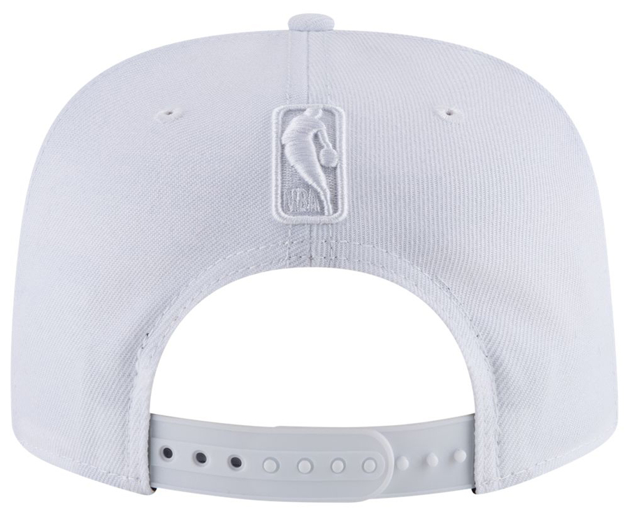 air-jordan-3-pure-triple-white-snapback-hat
