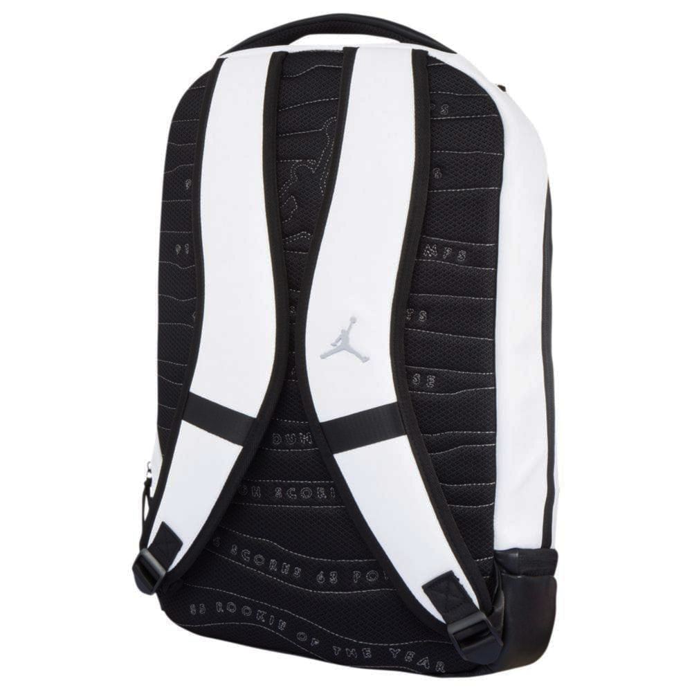 jordan-10-light-smoke-cement-backpack-match-2