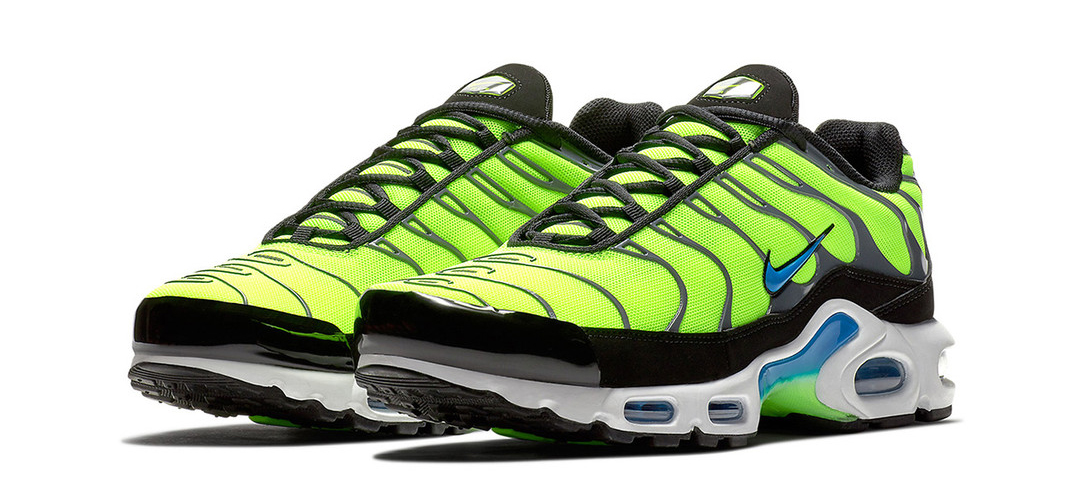 nike-air-max-plus-scream-green-1