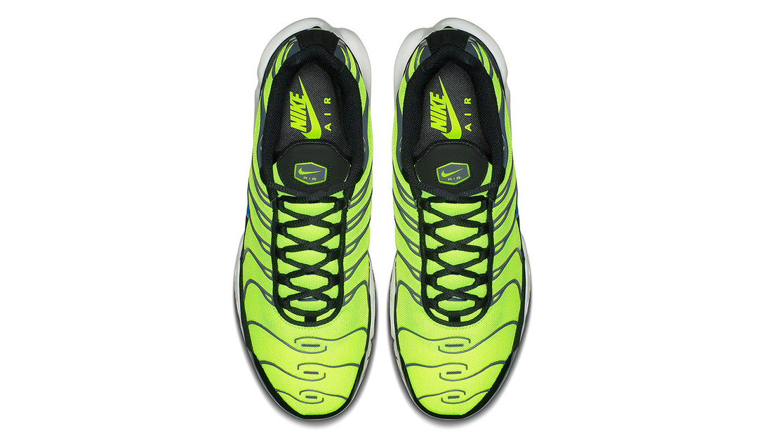 nike-air-max-plus-scream-green-2