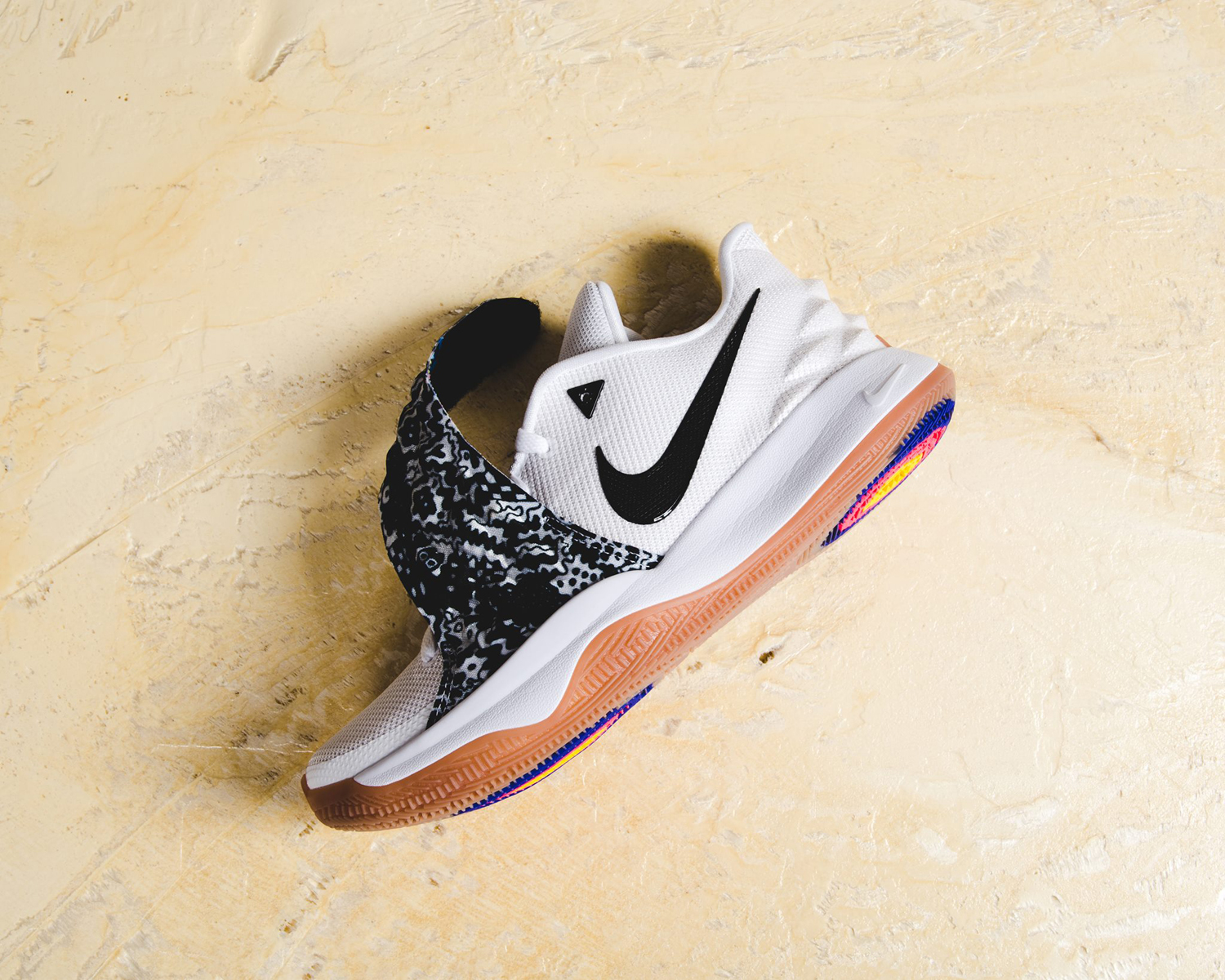 nike-kyrie-4-low-white-available-now-3
