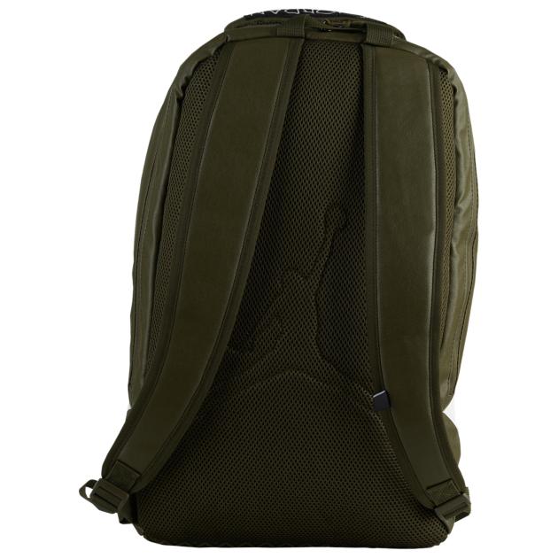 air-jordan-12-chris-paul-olive-backpack-3