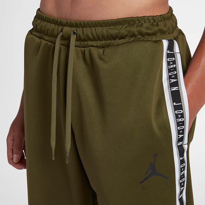 air-jordan-12-chris-paul-olive-pants-match-1