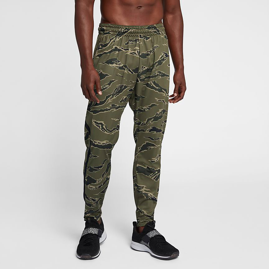 chris-paul-jordan-12-olive-camo-pants-match-2