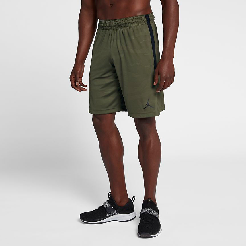 chris-paul-jordan-12-olive-camo-shorts-match-2