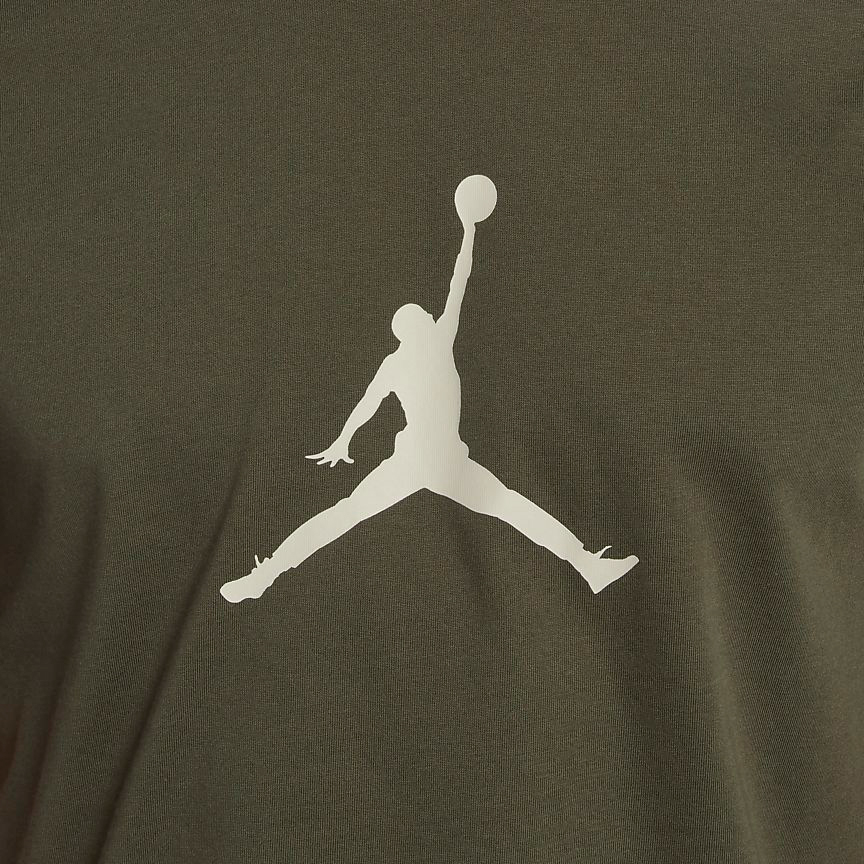 chris-paul-jordan-12-olive-t-shirt-match-2