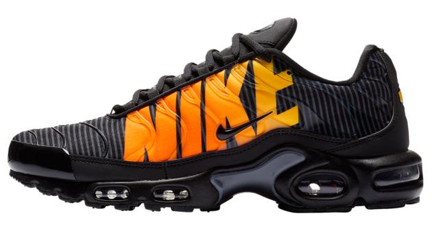 nike-air-max-plus-tn-mercurial-black-orange-2