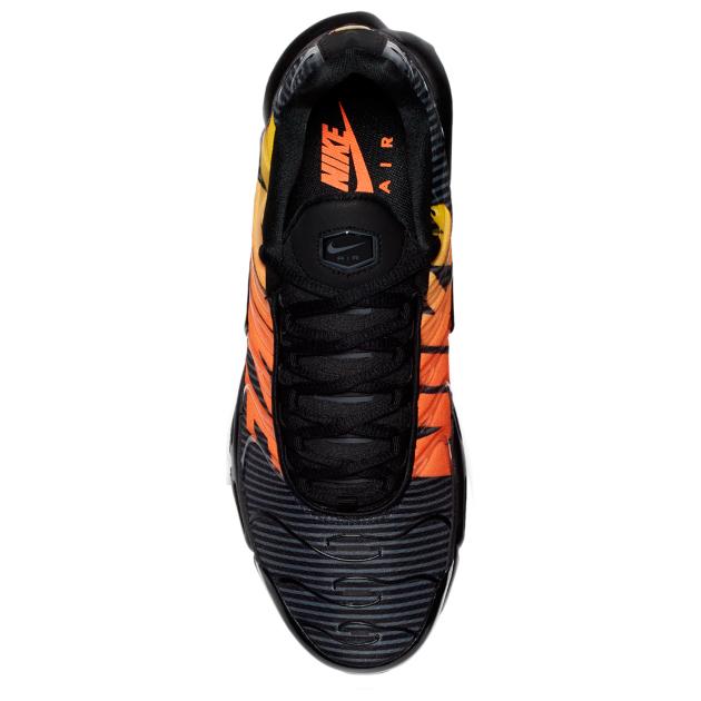 nike-air-max-plus-tn-mercurial-black-orange-3