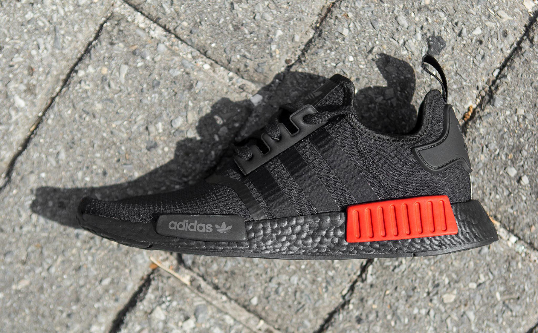 adidas-nmd-ripstop-black-lush-red-1