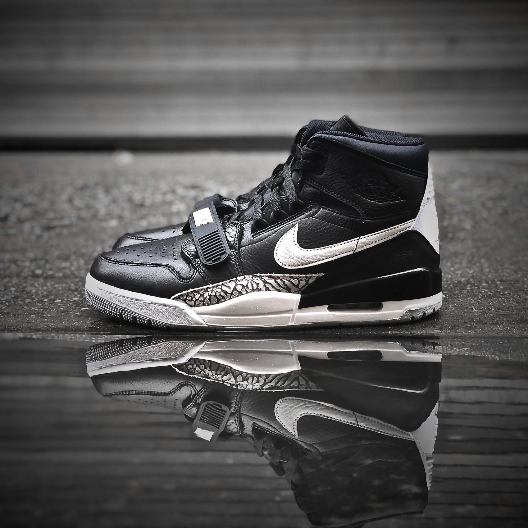 jordan-legacy-312-black-white