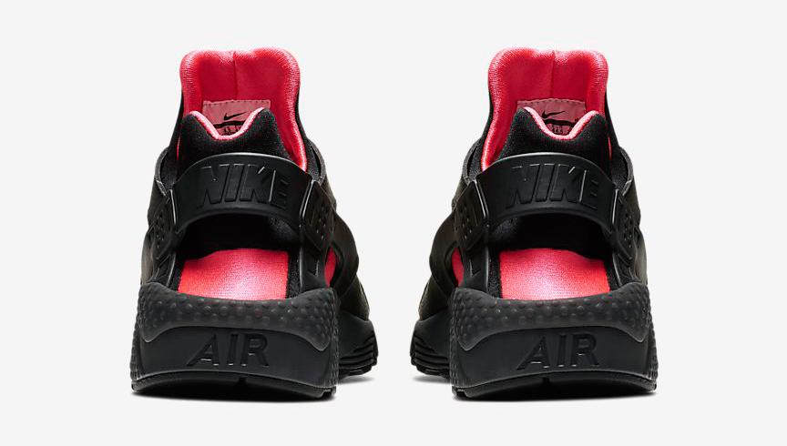 nike-air-huarache-black-solar-red-4