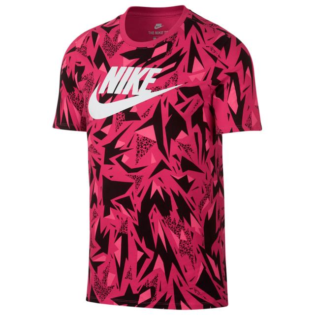 nike-air-huarache-black-solar-red-shirt-match-1
