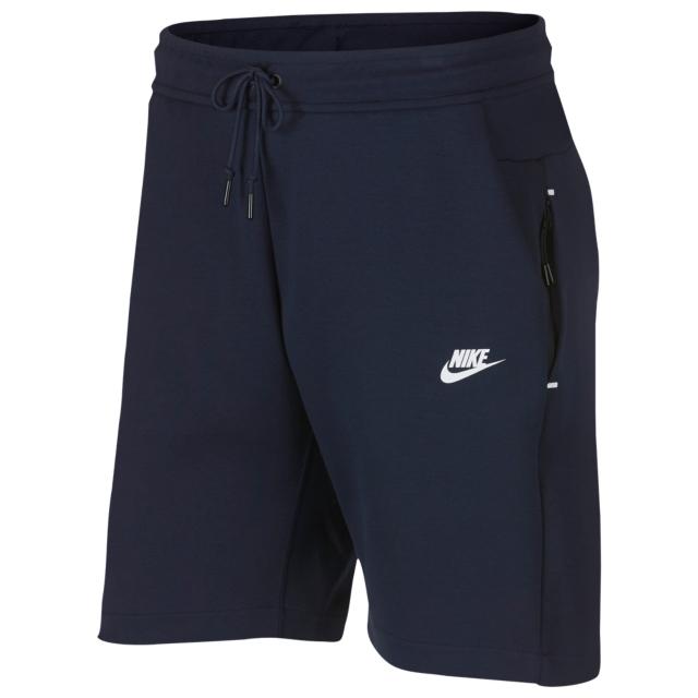 nike-air-max-origins-tech-fleece-shorts-match-1
