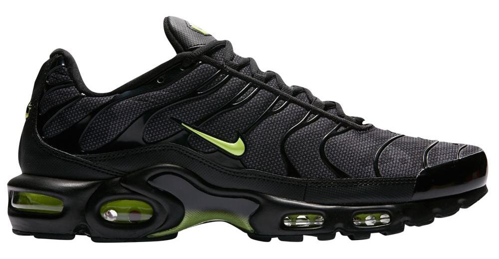 nike-air-max-plus-black-green