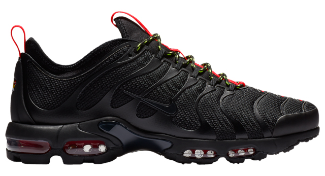 nike-air-max-plus-tn-ultra-black-red-volt-5
