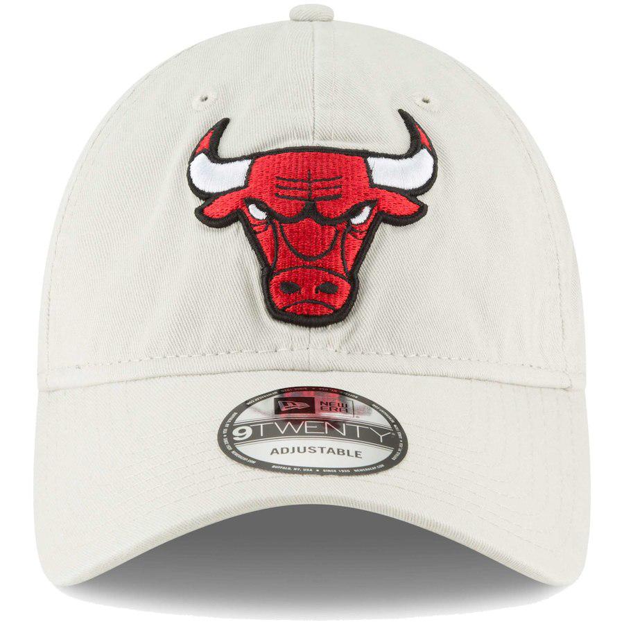 jordan-11-platinum-tint-bulls-hat-match-2