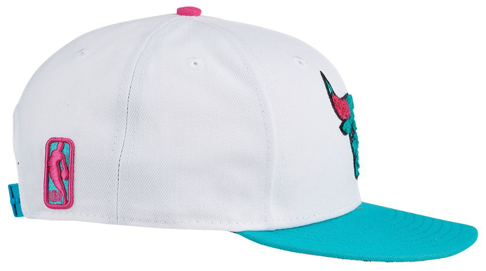 jordan-8-south-beach-bulls-snapback-hat-3