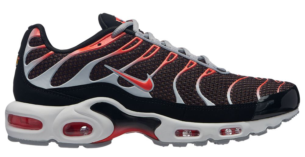 Nike Air Max Plus and 270 Crimson Pack