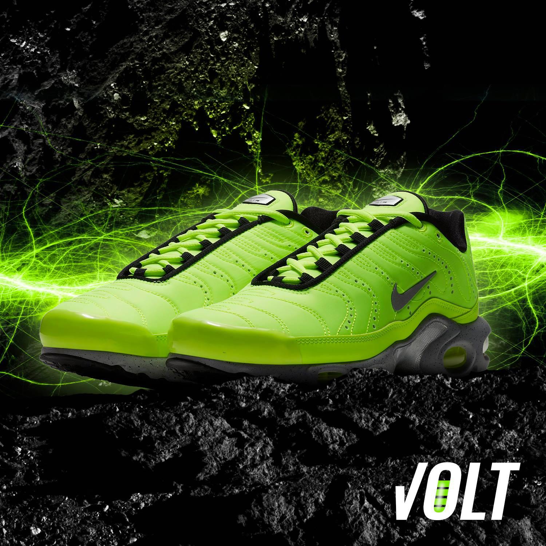 nike-air-max-plus-volt-green