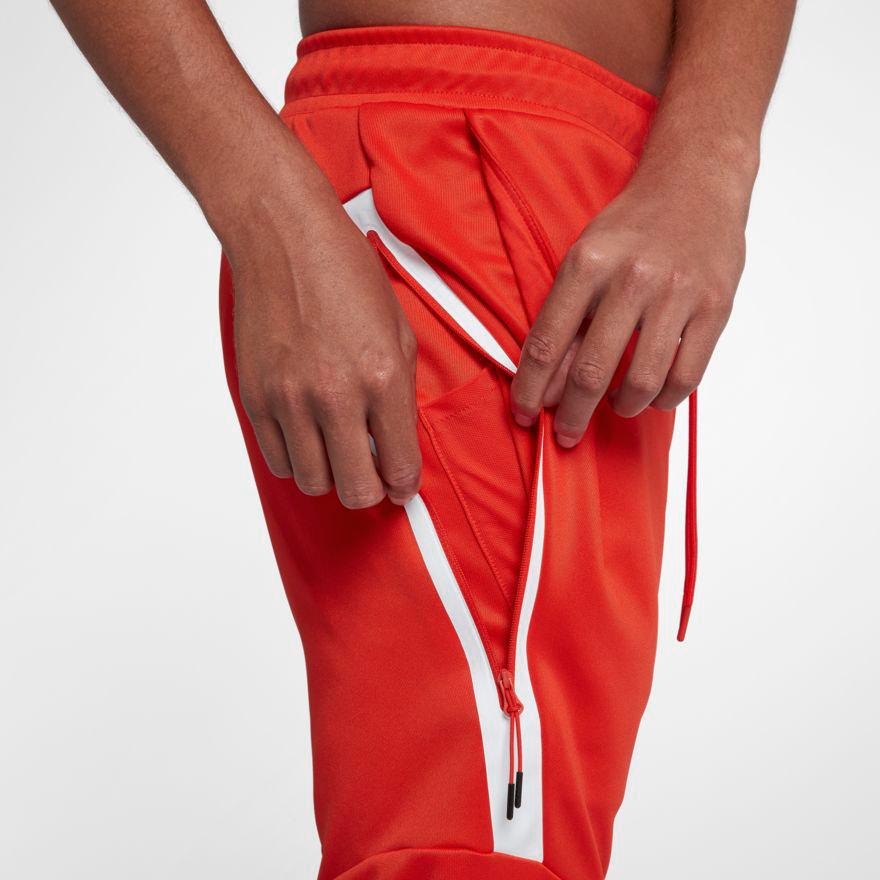 nike-foamposite-one-habanero-red-pants-match-3