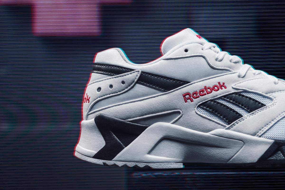 reebok-aztrek-white-black-red-2