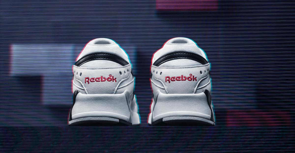 reebok-aztrek-white-black-red-4