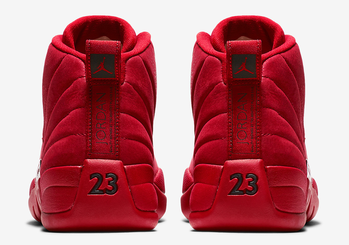 air-jordan-12-gym-red-apparel-match