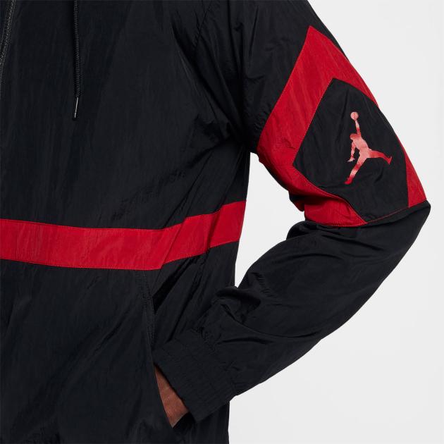 air-jordan-12-gym-red-jacket-match-2
