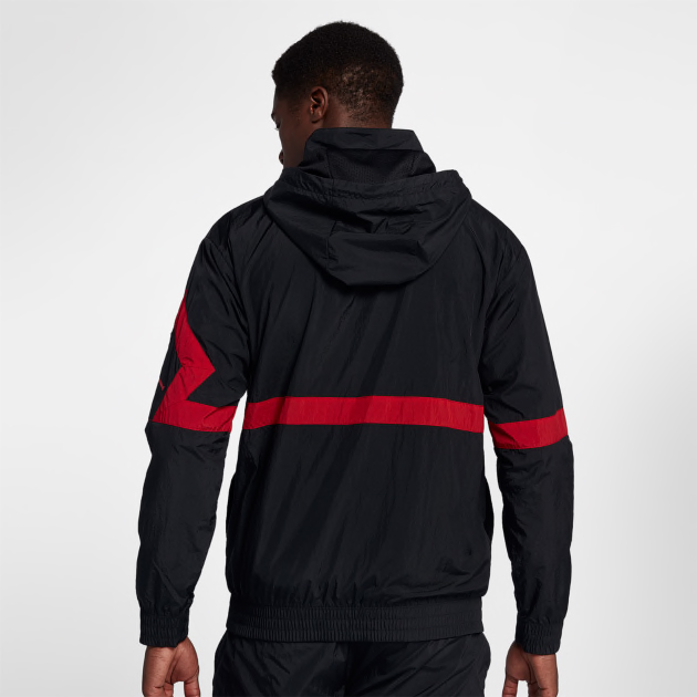 air-jordan-12-gym-red-jacket-match-4