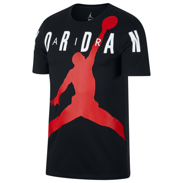 air-jordan-12-gym-red-tee-shirt-match-10