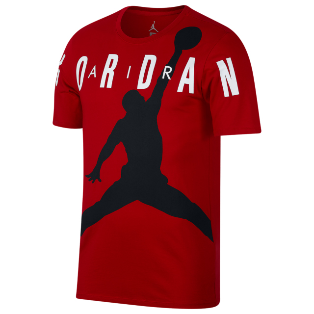air-jordan-12-gym-red-tee-shirt-match-12