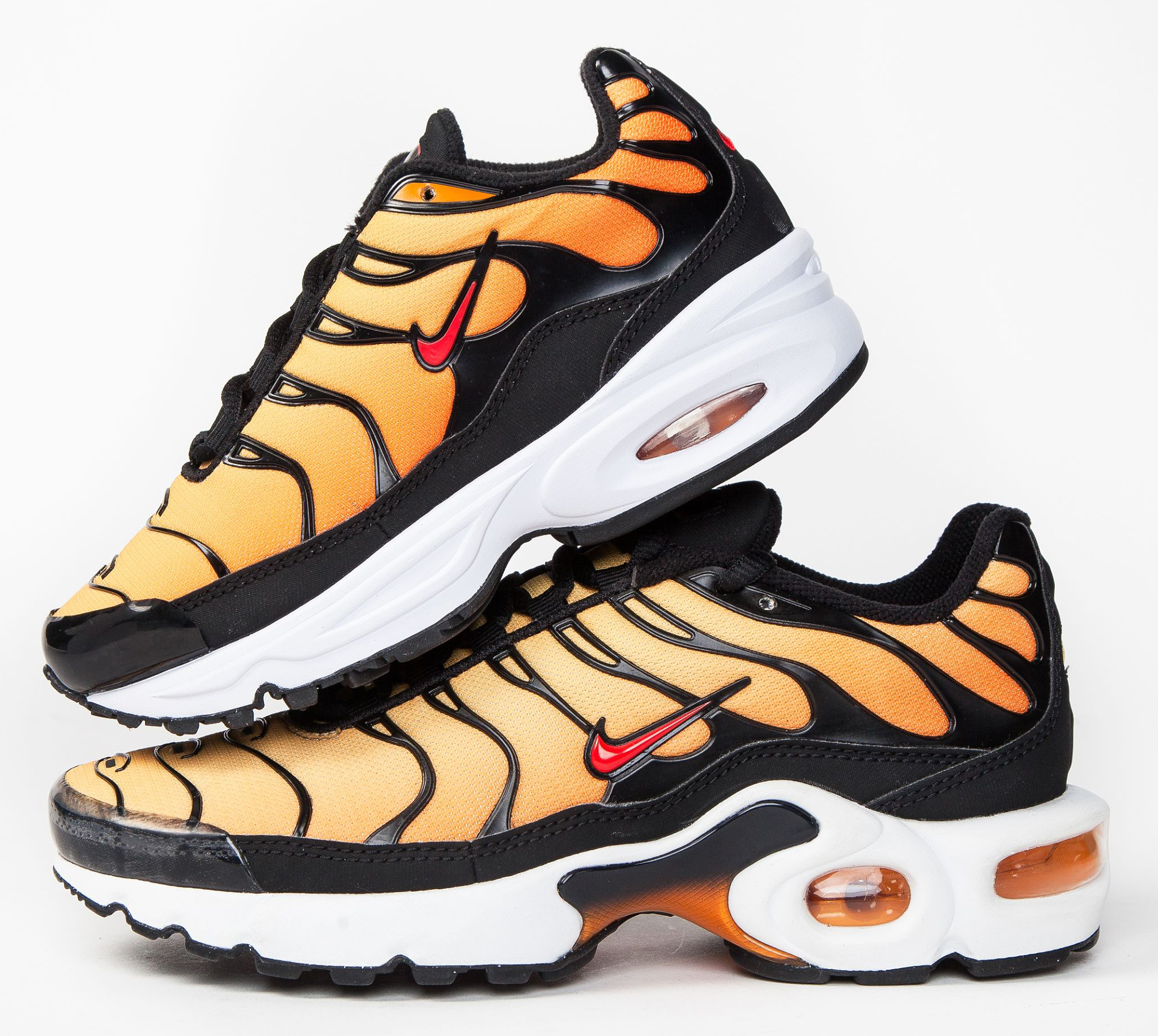 e82697491b Champs Sports Cyber Monday 2018 Deals on Sneakers and Sportswear ...