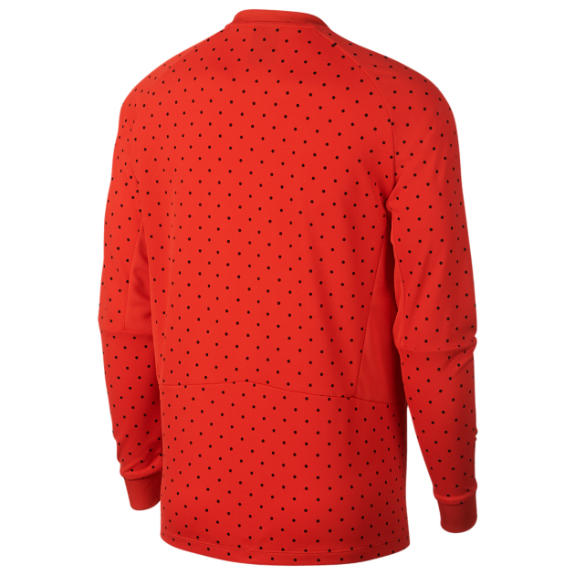 habanero-red-foamposite-nike-shirt-match-2