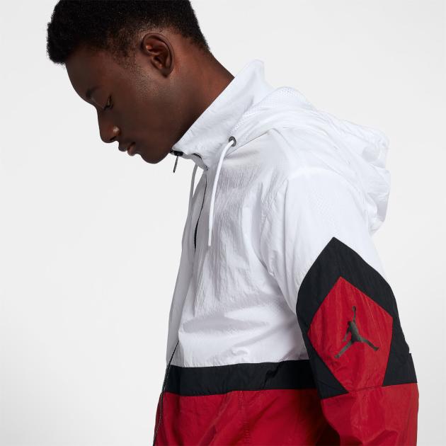 jordan-12-gym-red-jacket-match-3