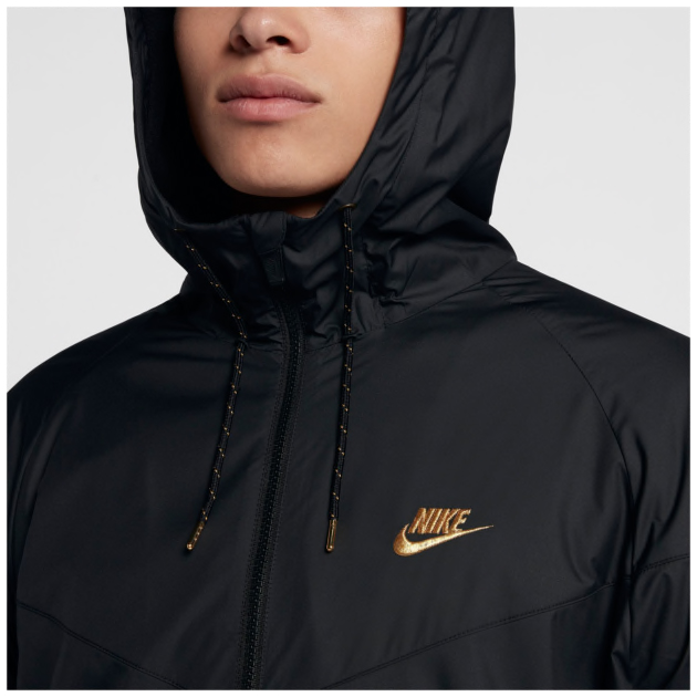 nike-foamposite-black-metallic-gold-jacket-match-1