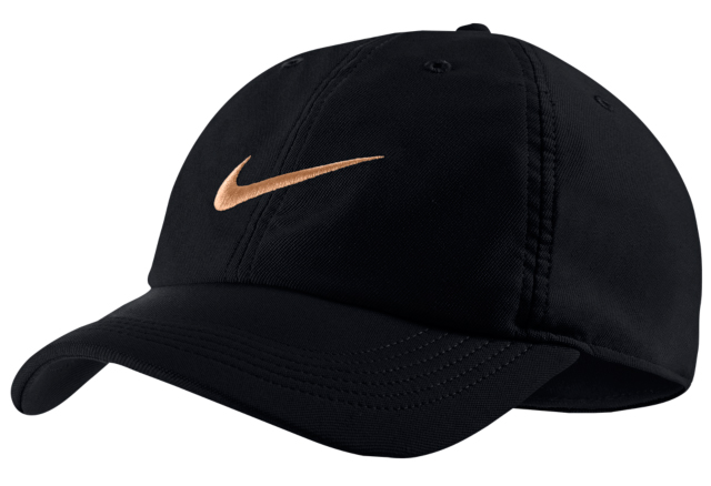 nike-foamposite-pro-black-gold-hat-match-3